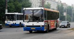 Мэрия Омска не будет повышать плату за проезд в муниципальных автобусах
