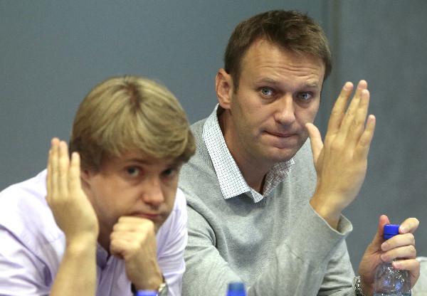 Помощника Навального объявили в розыск по делу о мошенничестве