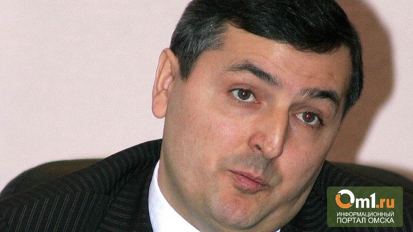 Омский губернатор отстранил заместителя на время следствия