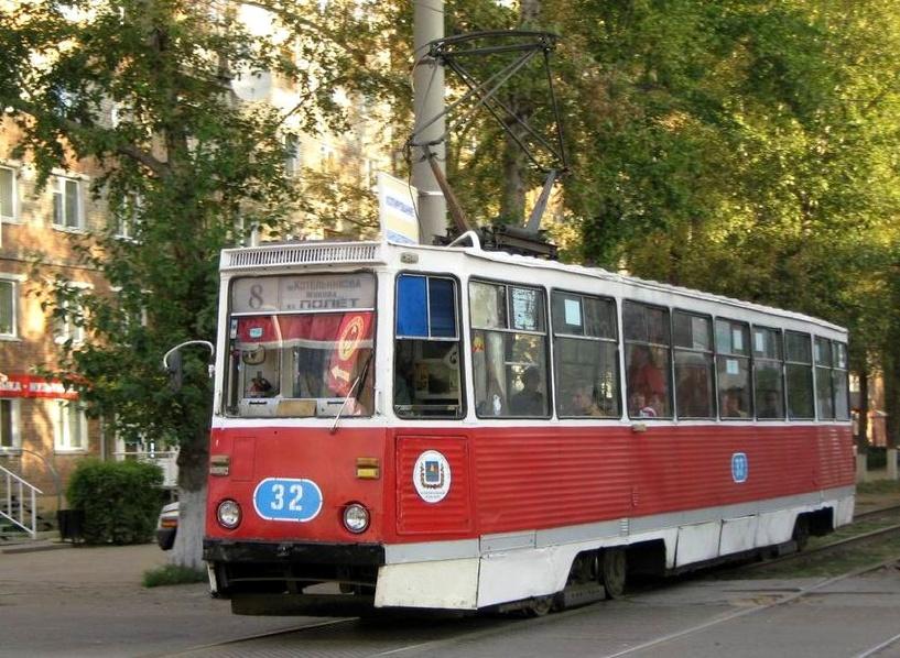 В Омске из-за ремонта дороги на три дня закроют маршруты трамваев и троллейбусов