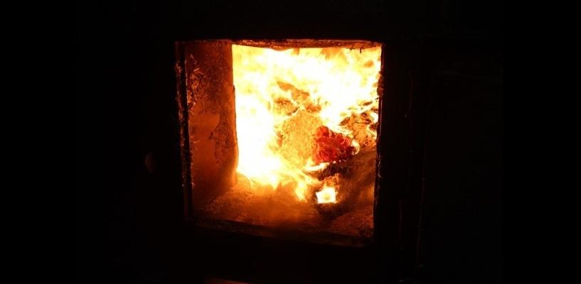В Омске уничтожили в огне почти 100 кг наркотиков