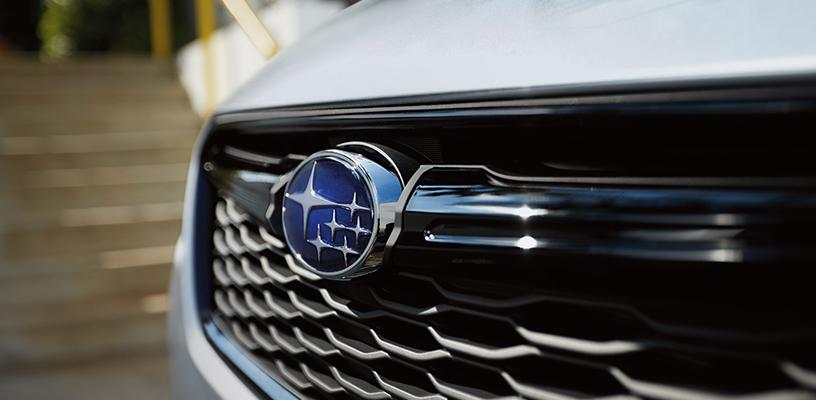 Шире, выше и длиннее: Subaru представила новую Impreza