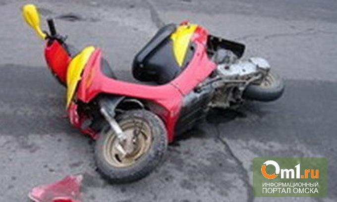 В Омске на Завертяева водитель «шестерки» сбил девочку на мопеде