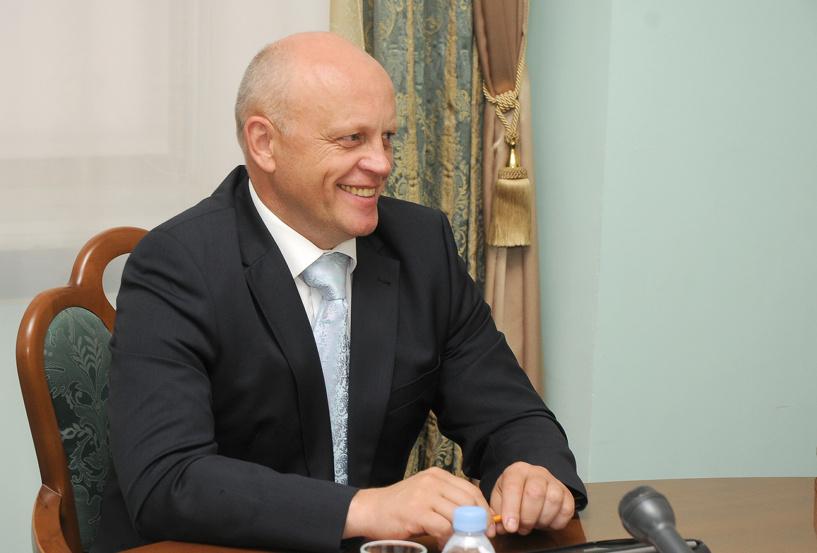 Благодаря Медведеву и Мизулиной Виктор Назаров стал лидером среди сибирских губернаторов