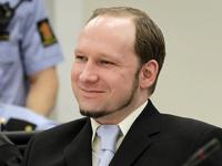 Брейвик пожаловался российским журналистам на свою жизнь в тюрьме