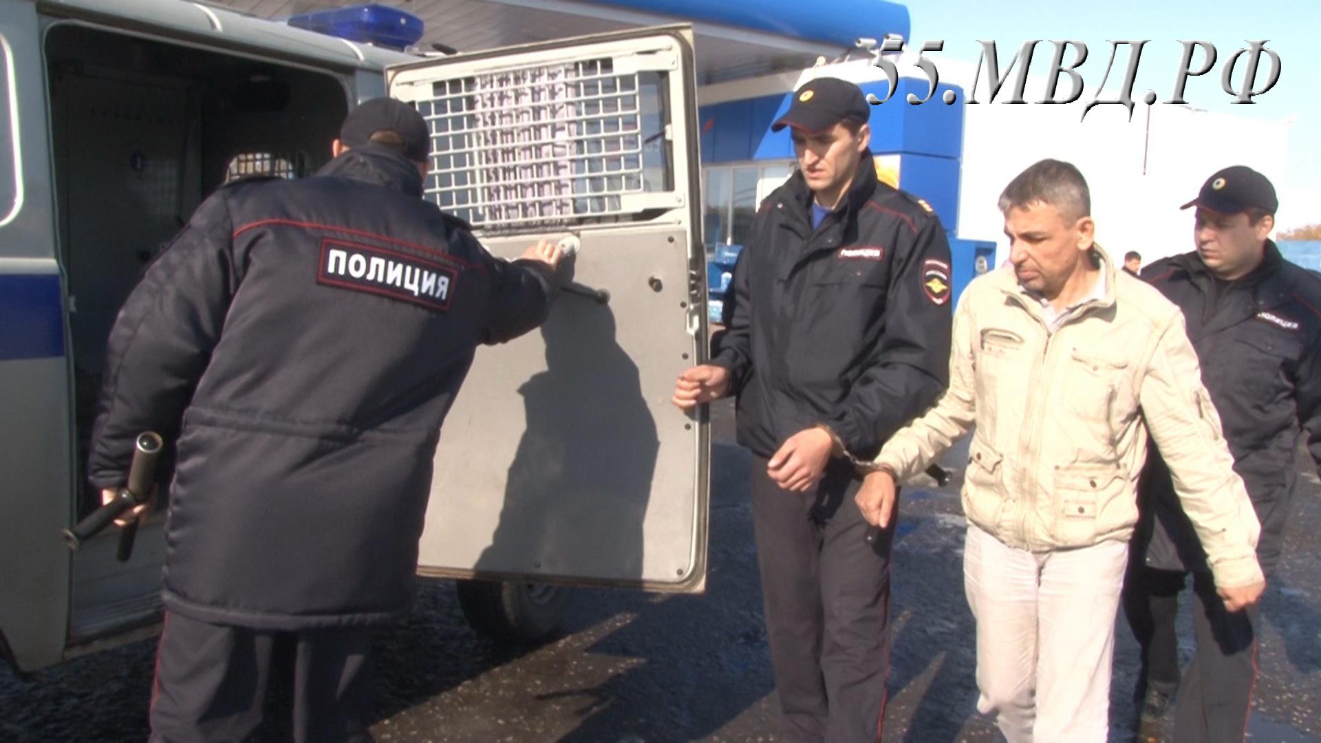 ВОмской области был схвачен бандит, грабивший заправки повсей Сибири