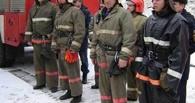 Из горящего дома в Омской области спасли мужчину