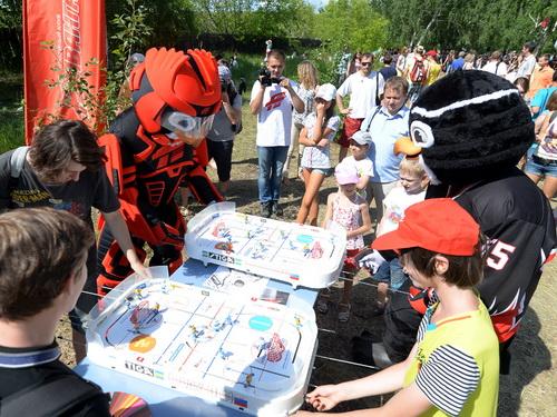 Болельщиков «Авангарда» приглашают на отдых с хоккеистами