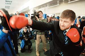 Рамзан Кадыров на кулаках объяснил министру спорта, в чем он не прав