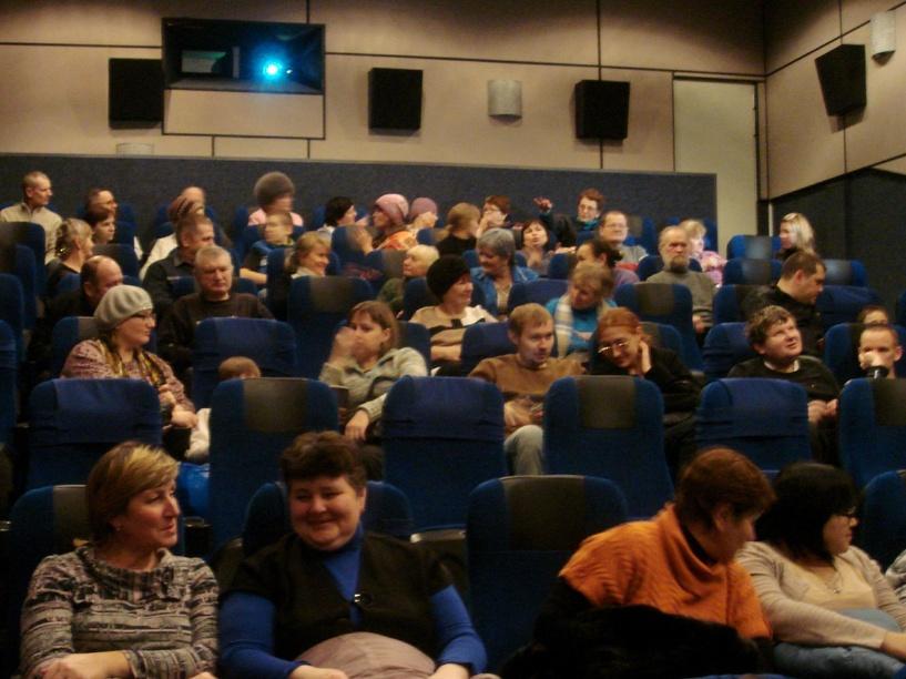 В омском кинотеатре показали «Чемпионов» с тифлокомментарием