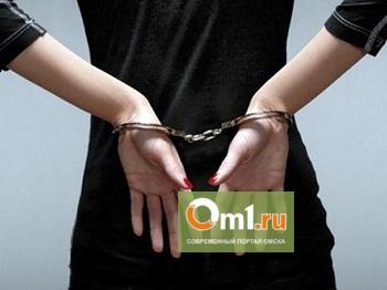 В Омске женщина-риелтор украла 24 млн рублей у своих клиентов