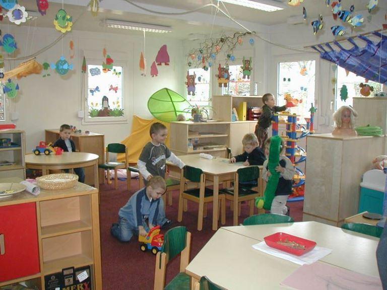 Повышение платы за детский сад в Омске откладывается