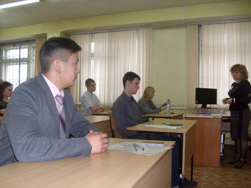 8 омских школьников сдали ЕГЭ по русскому языку на 100 баллов