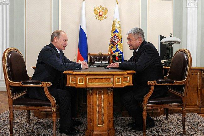 Теперь точно не уволят. Путин похвалил Колокольцева за работу