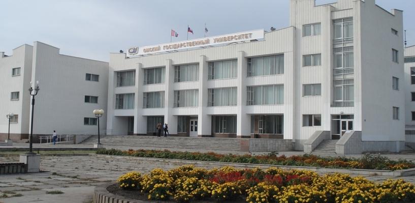 В Омске прокуратура через суд требует закрыть корпус экономистов ОмГУ