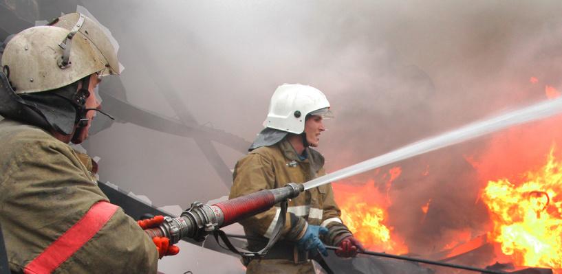 В пожаре в Омске чуть не погибла 95-летняя пенсионерка
