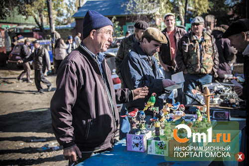 Барахольщики с «Хитрого рынка» переезжают на улицу Богдана Хмельницкого