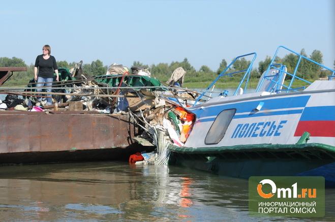 До трагедии на Иртыше «Полесье-8» несколько лет простоял на берегу