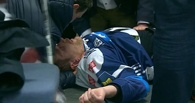 Бывший защитник «Авангарда» потерял сознание во время матча