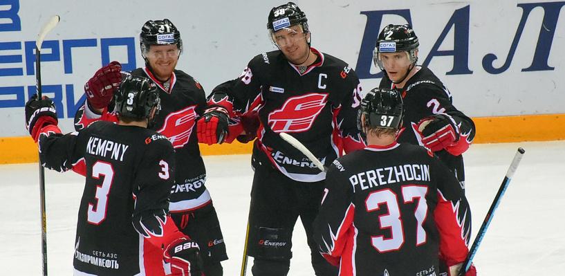 Омский «Авангард» вошел в топ-5 команд КХЛ, одержавших 50 побед в плей-офф