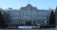 Омский бизнесмен Романов, чей сын въехал в кафе «Елки-палки», получил удостоверение депутата Заксобрания