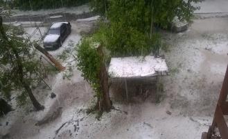Ливень и град не повредили ремонтируемым дорогам в Омске