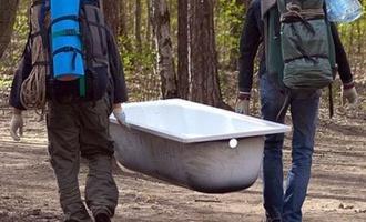 В Омской области три деревенских жителя украли у сельской администрации ванну и унитаз