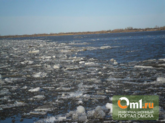 Лед тронулся! В Омске начался ледоход на Иртыше