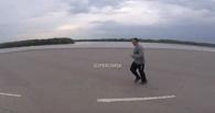 Первый заместитель Назарова устроил пробежку по Иртышской набережной