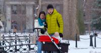 Жителей Нью-Йорка напугала коляска с адским младенцем