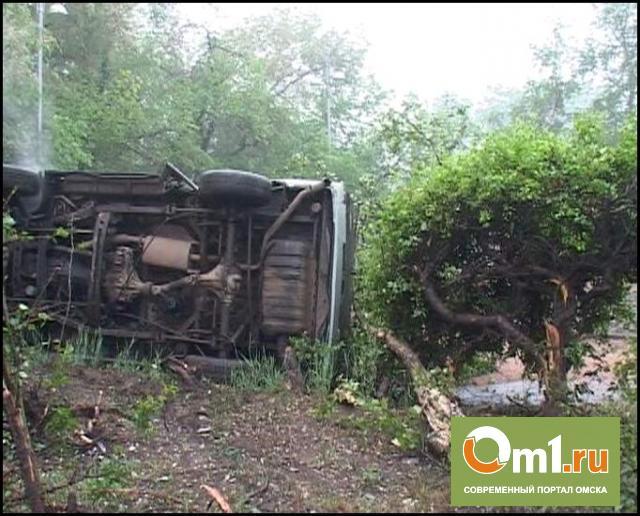 """ДТП на трассе """"Омск - Тюмень"""": один погиб, четверо ранены"""