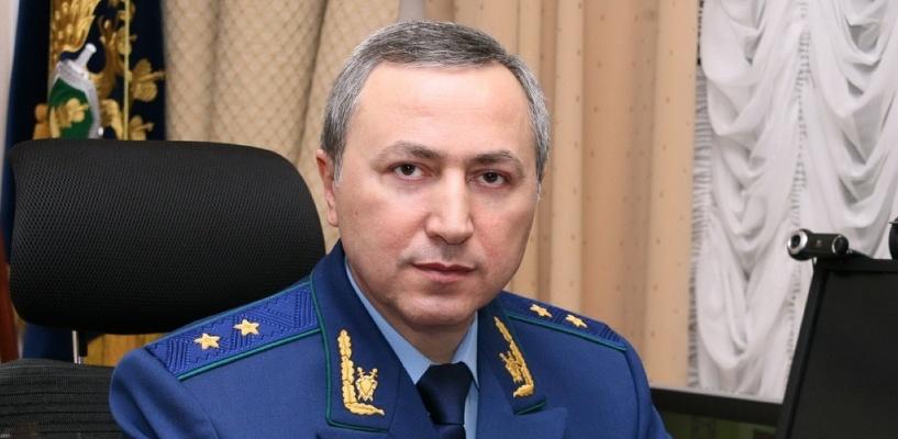 Прокурор Омской области за год заработал свыше 3,5 млн рублей