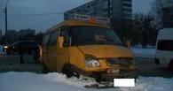 В Омске в аварию попала пассажирская «Газель»