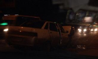 На проспекте Мира пьяный омич на «десятке» протаранил Mercedes