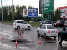 В Омске на Левом берегу у «Магнита» опять провалилась дорога