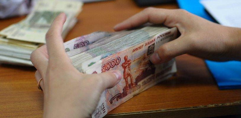 В Омске за кражу денег из кассы начальница почтового отделения получила условный срок