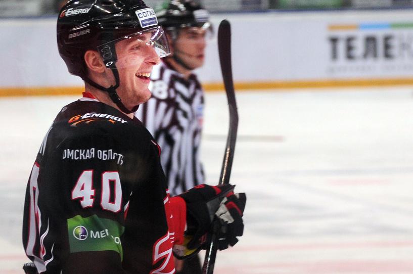 #ЗдоровьяКапитану: болельщики поддерживают Сергея Калинина
