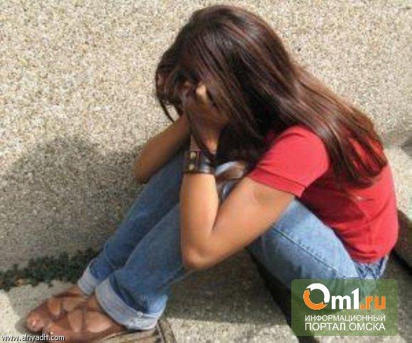 В Омске изнасилованная 14-летняя девочка хотела сбежать от матери к отцу