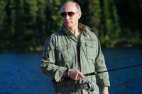По щучьему велению! Путин поймал щуку на 21 кг и чуть не укусил ее