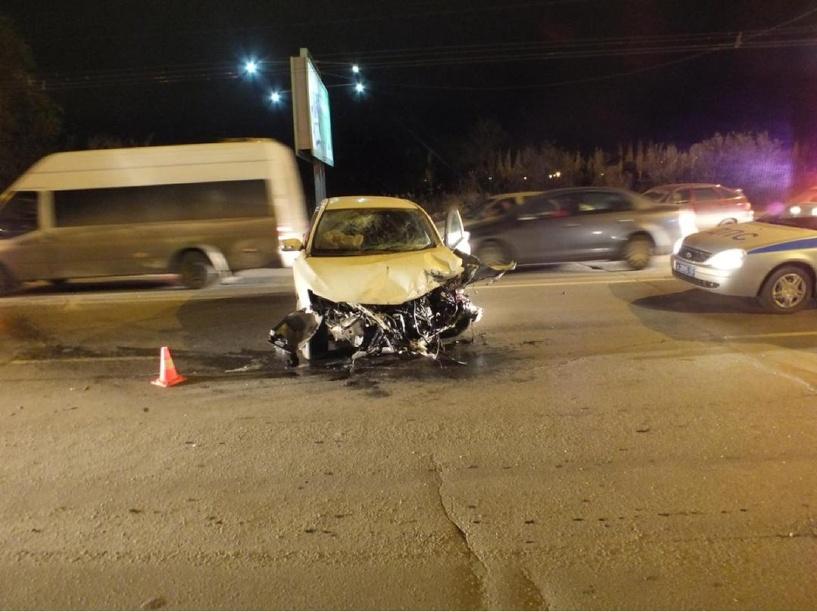 Виновник ДТП у омского парка Победы «испугался попутного автомобиля»
