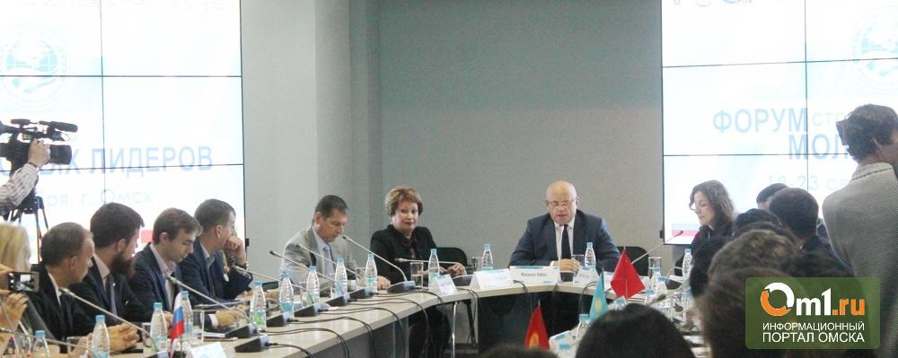 На встрече с Назаровым молодые лидеры ШОС говорили о политике, бизнесе и караоке