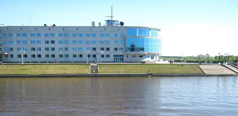 Вода в Иртыше продолжает прибывать, пугая даже жителей Омска