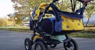 В Омске водитель сбил коляску с ребенком и скрылся с места аварии