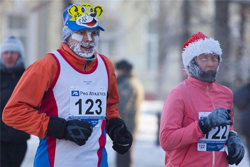 Рождественские полумарафонцы пробегут по исторической части Омска