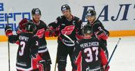 Омский «Авангард» стартовал в плей-офф с победы над «Нефтехимиком»