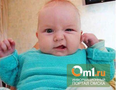Семья из Казахстана назвала новорожденного сына Елкой