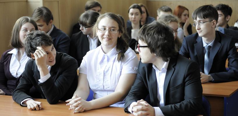 В школах Омска стало больше возможностей для занятия робототехникой