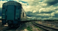 Омская полиция разыскивает женщину, выбросившую из поезда новорожденного ребенка