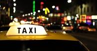 В Омске ночью пассажиры проломили голову таксисту и угнали его машину