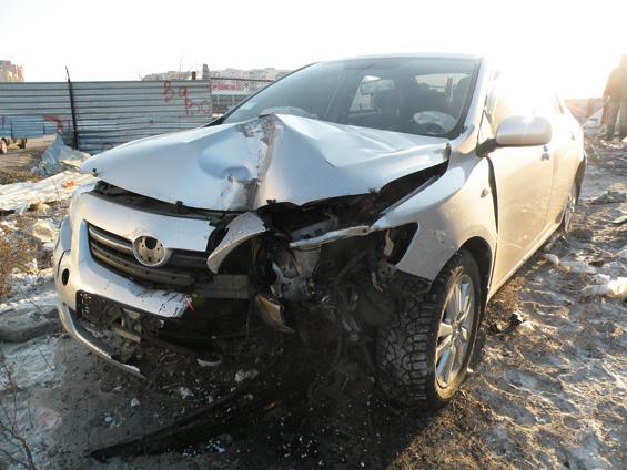 В Омской области пьяный водитель скрылся с места аварии
